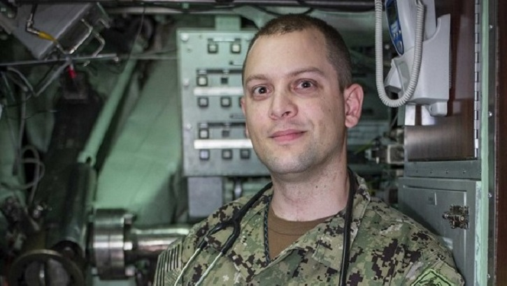 Links to Navy Corpsman helps maintain USS Albany readiness