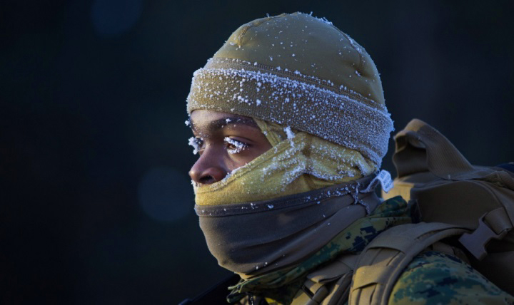 Chill factor, improper warm up, and inadequate clothing can contribute to the risk for cold injuries. Experts encourage everyone, whether acclimated to cold weather or not, to protect against cold-temperature injuries this winter. (U.S. Marine Corps photo by Lance Cpl. Cody Rowe)