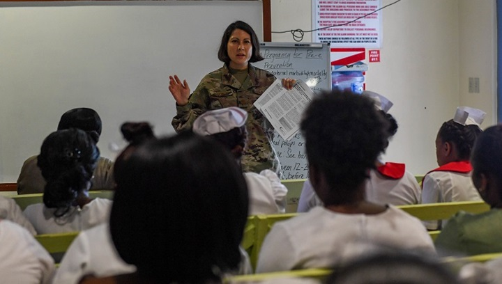 Female soldier teaching a class