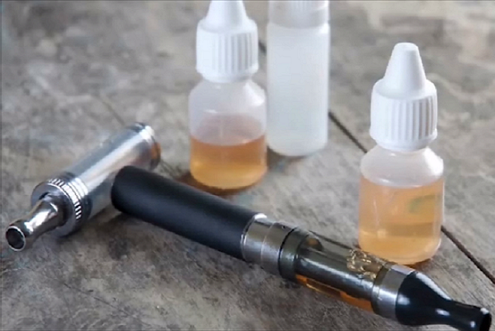 Vaping and using e-cigarettes have become very popular in recent years, but users should be aware of known risks and potential dangers. Electronic nicotine delivery systems use noncombustible tobacco products and typically contain nicotine, flavorings, and other chemicals. (DoD file photo)